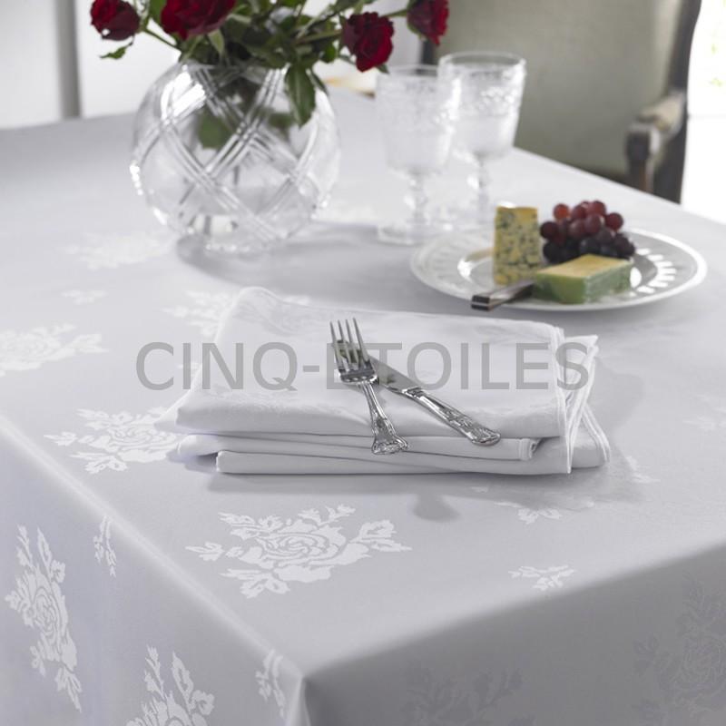 Nappe rectangulaire 54x120 motifs de rose