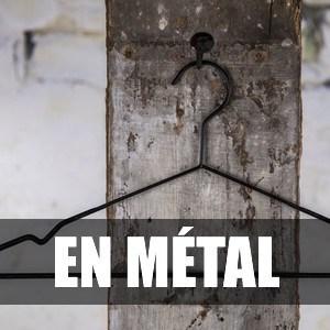 Cintre en métal